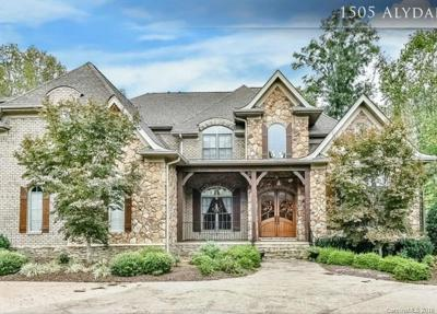 Waxhaw Single Family Home For Sale: 1505 Alydar Court