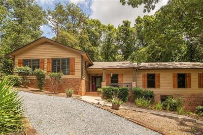 River Hills Single Family Home For Sale: 12 Lake Ridge Road