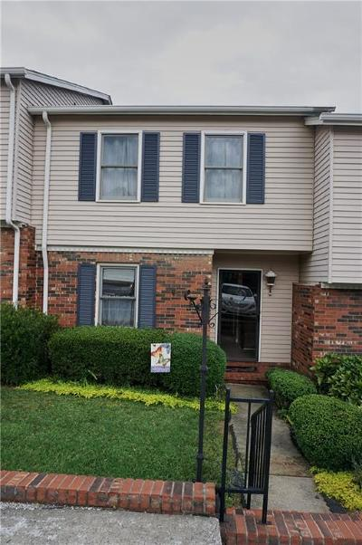 Hickory Condo/Townhouse Under Contract-Show: 2705 N Center Street #55