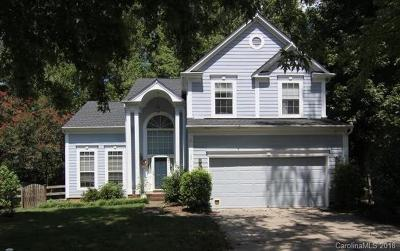 Matthews Single Family Home For Sale: 3516 Crescent Knoll Drive