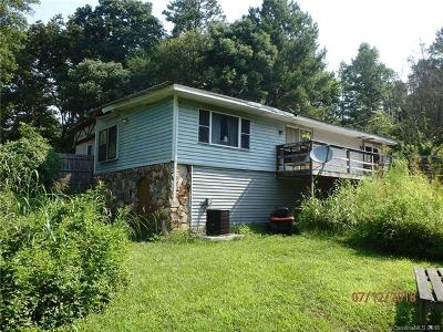 Lancaster Single Family Home For Sale: 527 Waring Court