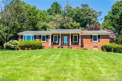 Hendersonville Single Family Home For Sale: 5 Dover Lane #52