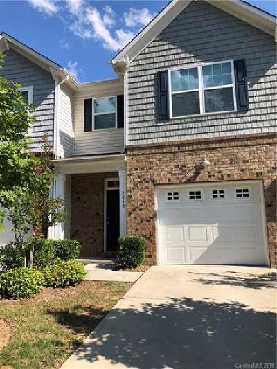 Rock Hill Condo/Townhouse For Sale: 7050 Woodsbay Lane
