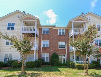 Condo/Townhouse Under Contract-Show: 11280 Hyde Pointe Court