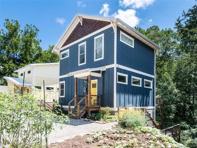 Asheville Single Family Home Under Contract-Show: 180 Sand Hill Road