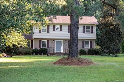 Single Family Home For Sale: 3117 Hilton Road