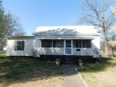 Dallas Single Family Home For Sale: 418 E Trade Street