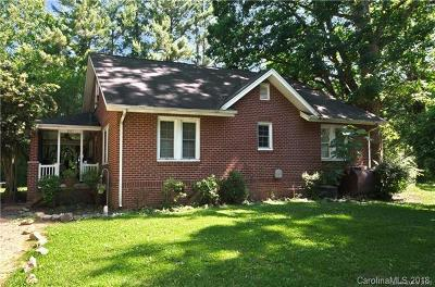 Hendersonville Single Family Home For Sale: 207 and 209 Holbert Road