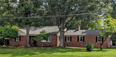 Stanley Single Family Home For Sale: 5702 Hickory Grove Road