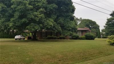Mount Holly Single Family Home Under Contract-Show: 102 Dogwood Drive
