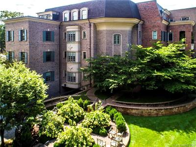 Charlotte Condo/Townhouse For Sale: 174 Cherokee Road