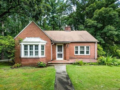 Asheville Single Family Home Under Contract-Show: 44 Lakewood Drive