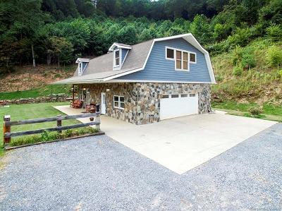 Waynesville Single Family Home For Sale: 1009 White Oak Road