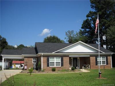 Mount Holly Single Family Home For Sale: 5250 Hickory Grove Road
