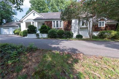 Statesville Single Family Home Under Contract-Show: 450 Deauville Road #163