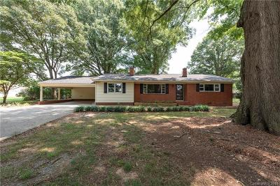 Waxhaw Single Family Home For Sale: 3115 Potters Road