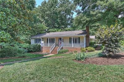 Charlotte Single Family Home For Sale: 6000 Kingstree Drive