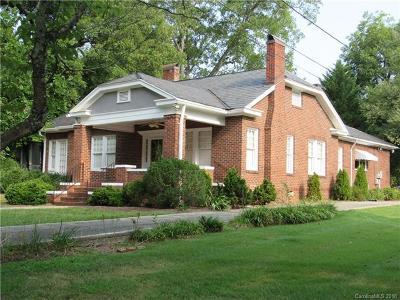 Monroe Single Family Home For Sale: 305 E Houston Street