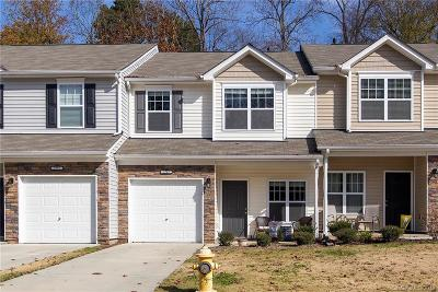 Mooresville Condo/Townhouse For Sale: 179 Limerick Road