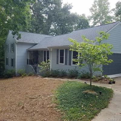 Fort Mill Single Family Home Under Contract-Show: 1711 Apple Tree Lane #28