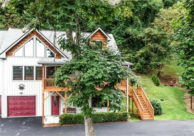 Waynesville Single Family Home For Sale: 25 Parliament Place