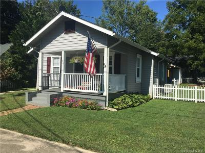 Brevard Single Family Home Under Contract-Show: 36 S Oaklawn Avenue