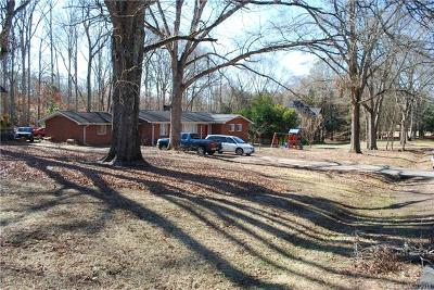Charlotte Single Family Home For Sale: 4310 Windwood Circle