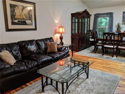 Hendersonville Condo/Townhouse For Sale: 95 Allen Paul Drive