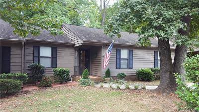 Fort Mill Condo/Townhouse Under Contract-Show: 475 Sweetgum Drive