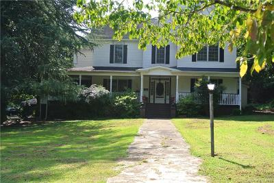Rutherfordton Single Family Home For Sale: 210 Ridgecrest Avenue