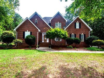 Rock Hill Single Family Home For Sale: 5225 Highlander Parkway