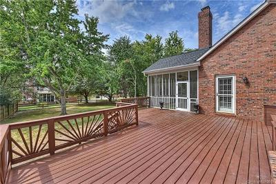 Charlotte Single Family Home For Sale: 7114 Chadwyck Farms Drive