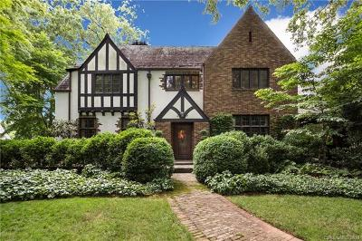 Southpark, Myers Park Single Family Home For Sale: 1574 Queens Road W
