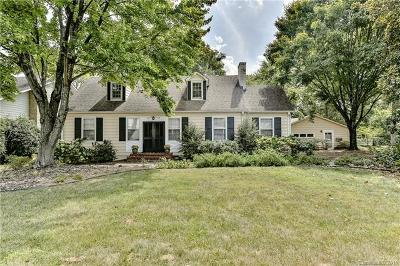 Charlotte Single Family Home Under Contract-Show: 621 Westbury Road