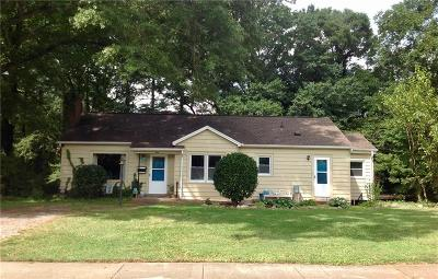 Hickory Single Family Home For Sale: 436 7th Street SW