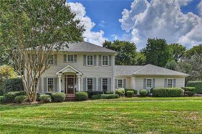 Charlotte Single Family Home For Sale: 3825 Huntcliff Drive