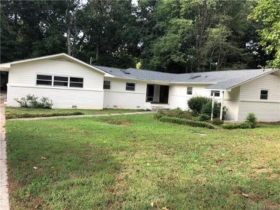 Charlotte Single Family Home For Sale: 5726 Riviere Drive