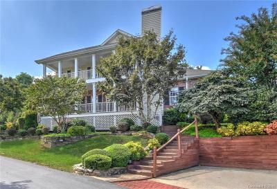 Hendersonville Condo/Townhouse For Sale: 602 Carriage Commons Drive #602