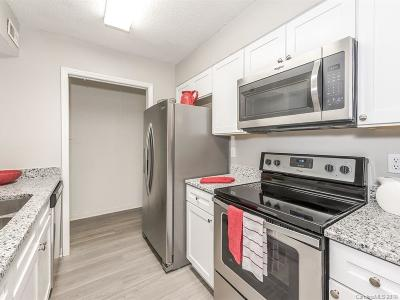 Condo/Townhouse Under Contract-Show: 10961 Harrowfield Road