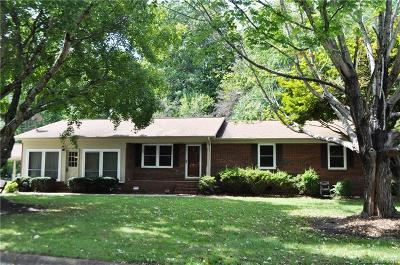 Statesville Single Family Home For Sale: 635 Springdale Road