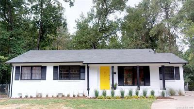 Single Family Home Under Contract-Show: 4213 Vinetta Court