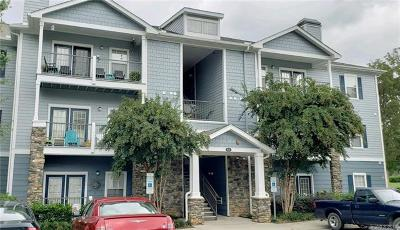 Asheville Condo/Townhouse For Sale: 600 Vista Lake Drive #301