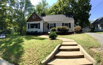 Concord NC Single Family Home For Sale: $138,000