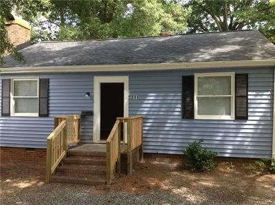 Charlotte NC Single Family Home For Sale: $129,900