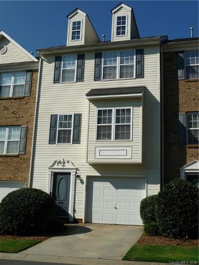 Mount Holly Condo/Townhouse For Sale: 308 Langhorne Drive #75