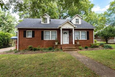 Hickory Single Family Home For Sale: 318 15th Avenue NW