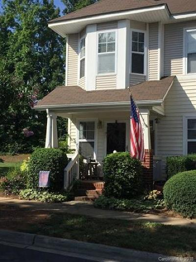 Huntersville Condo/Townhouse For Sale: 8354 Brickle Lane