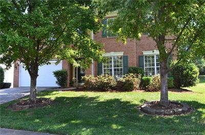 Mooresville Single Family Home For Sale: 133 Cloister Lane
