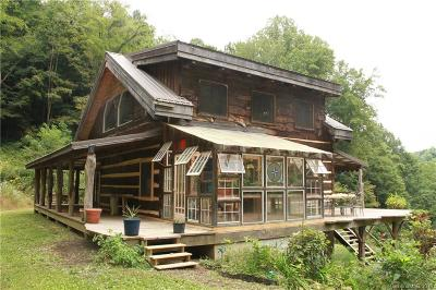 Hot Springs NC Single Family Home Under Contract-Show: $395,000