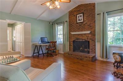 Single Family Home Under Contract-Show: 419 Scarborough Lane